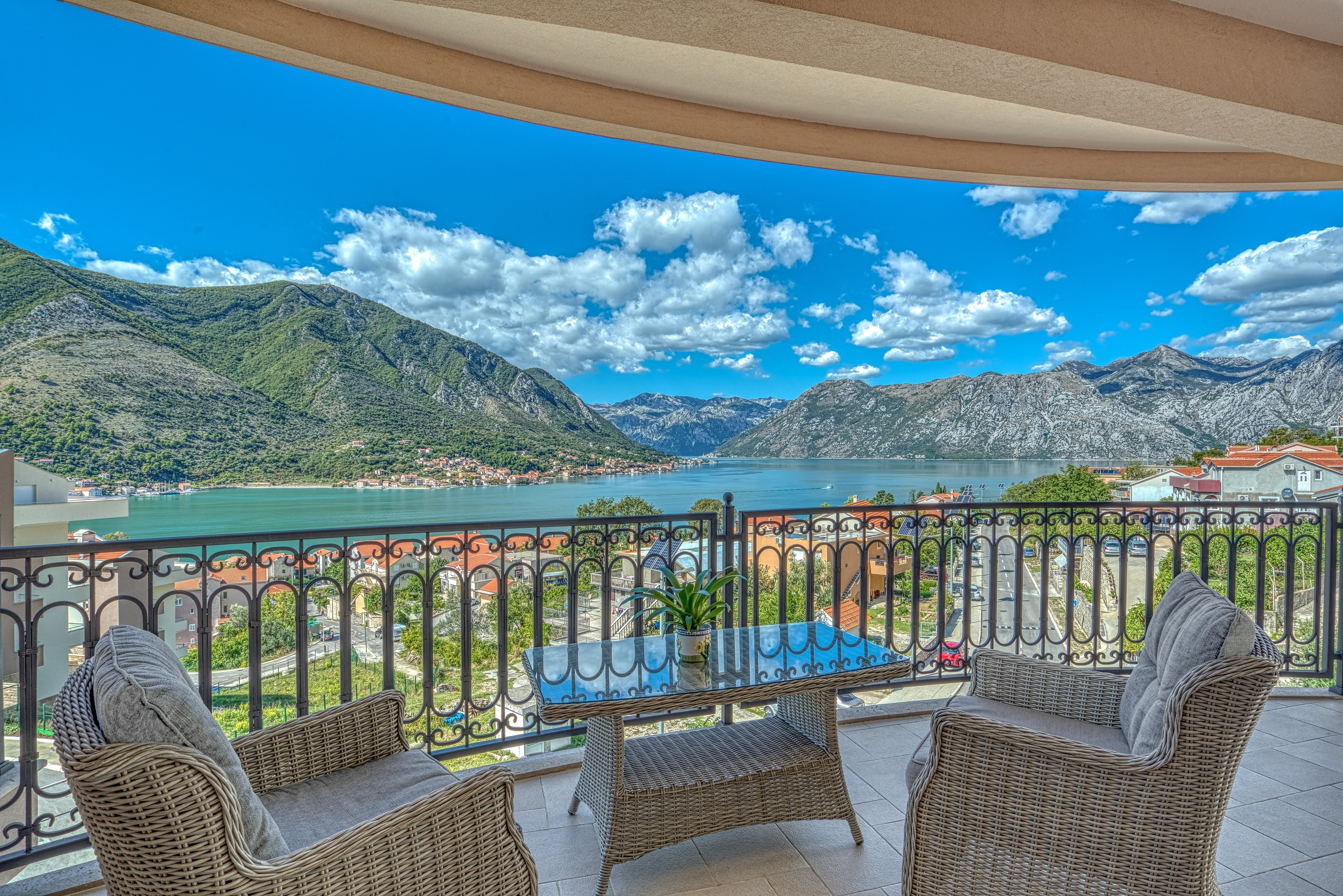 Pogled na Bokokotorski zaliv, Vila u Kotoru, Luxury Homes Montenegro, Profesionalni fotograf - Foto Radević
